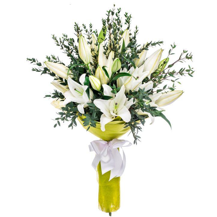 bouquet di gigli bianchi